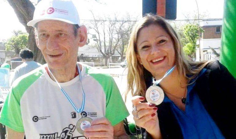 Choly Alonso festeja los 70 con la vacuna contra el Covid