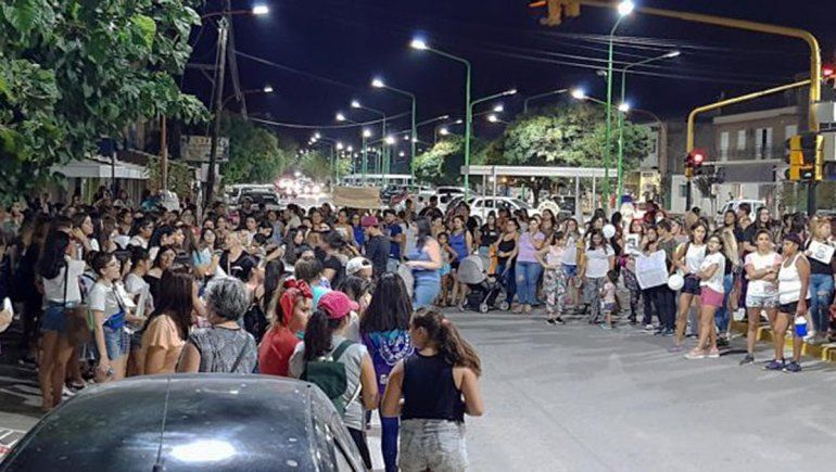 Catriel salió a las calles tras el femicidio de Agustina