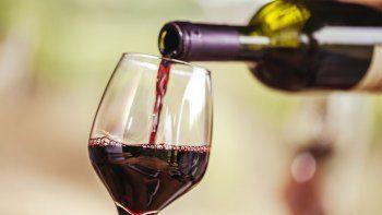 un estudio confirma que el vino protege contra el covid-19