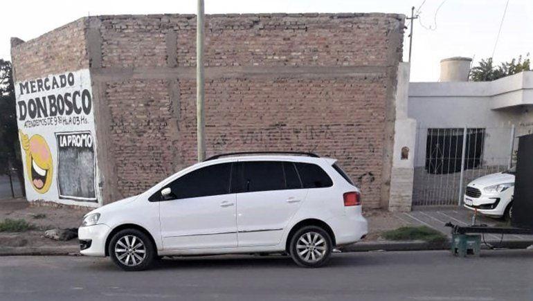 Hijo de conocida narco fue detenido por balear una casa y un auto