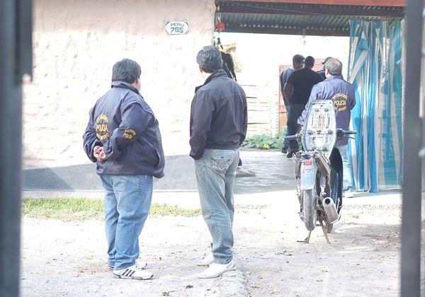 Investigan a banda que asalta casas y comercios en Cipolletti y Neuquén