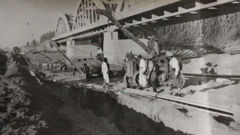 El gasoducto del río Neuquén.