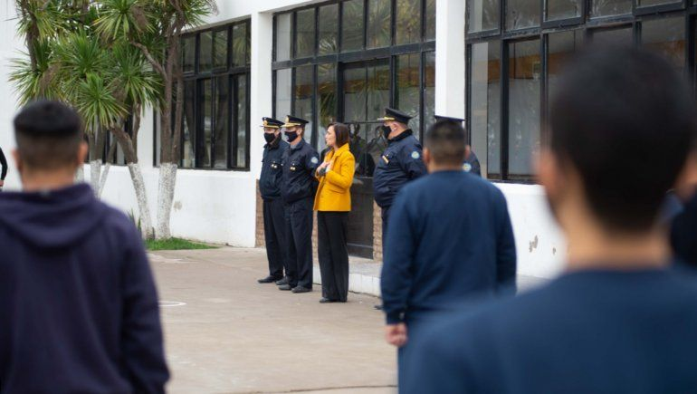 Casi un centenar de rionegrinos y rionegrinas se anotaron para aspirantes a agentes
