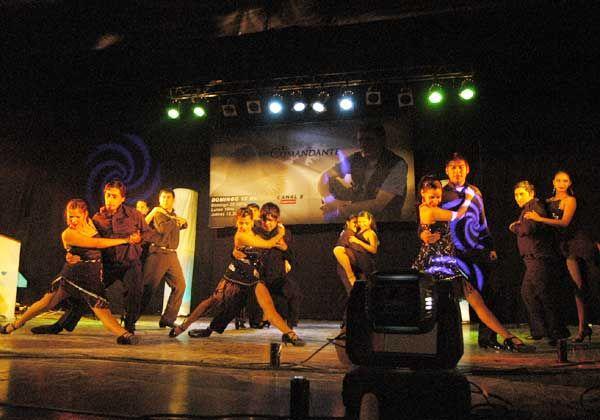 Representantes de Allen en el Mundial de Tango