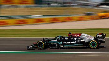 Hamilton dominó la clasificación de la Fórmula 1 en la primera carrera con Sprint