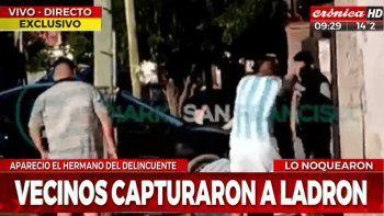 Video: linchan a un ladrón y a un hermano que quiso defenderlo