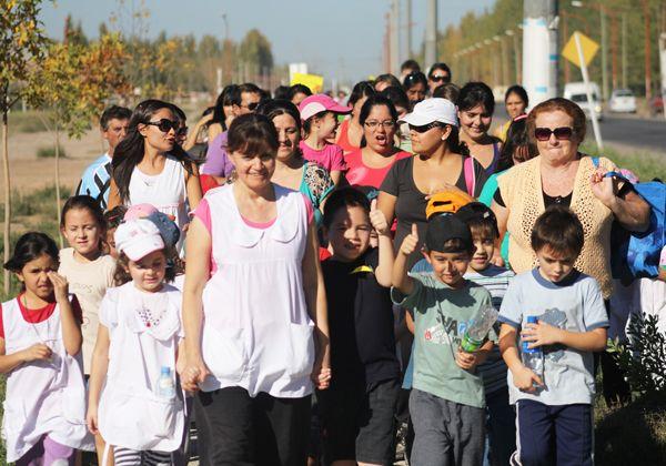 Niños cipoleños caminaron por la ciudad conmemorando el Día Mundial de la Salud