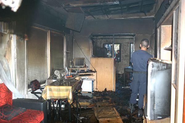 Fuego en una casa de la calle Brown