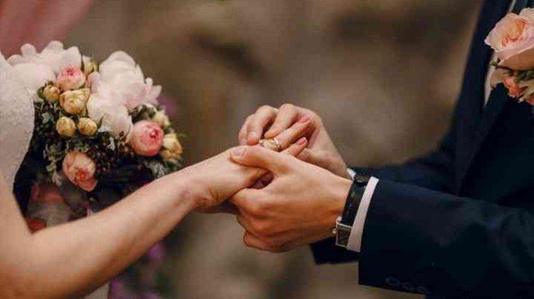 Habrá siete casamientos en el Día de los Enamorados