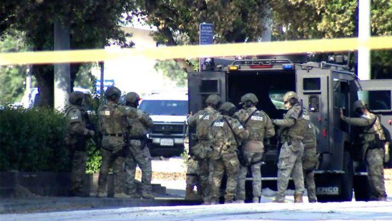 California: ocho muertos en un tiroteo en una estación de trenes