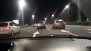 Irresponsables al volante: se filmaron corriendo una picada y chocaron