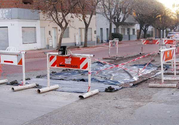 Numerosos trabajos para reemplazar pavimento