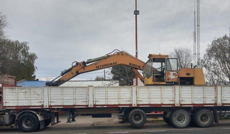 Recuperan una excavadora que había sido robada en La Plata