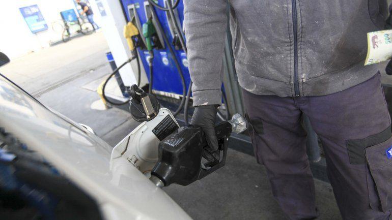 YPF enviará camiones desde San Luis para atender la demanda de combustibles