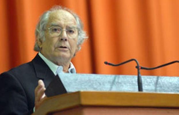 Pérez Esquivel estará presente en la Feria del Libro