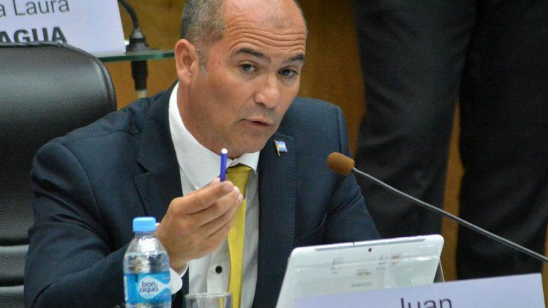 El PRO quiere recortar los sueldos políticos por la crisis