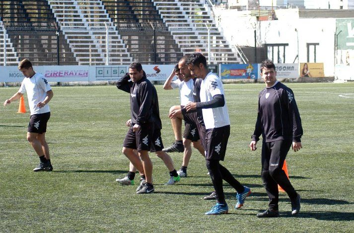 El Albinegro tendrá un día más de descanso y entrenamiento previa al partido revancha ante Concepción de Tucumán.