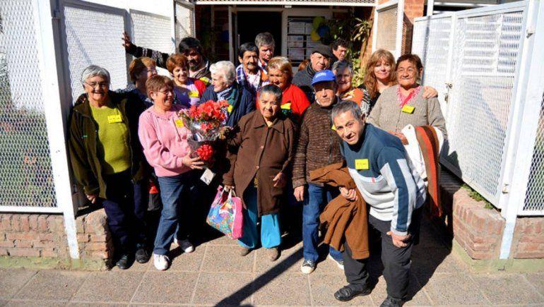 El hogar de los abuelos cipoleños festeja su cumpleaños