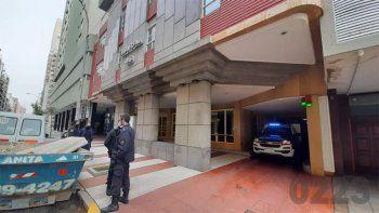 Macabro: hallaron un cadáver decapitado y sin manos en un departamento