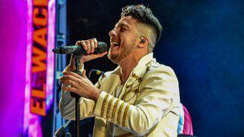 Multan al cuartetero Damían Córdoba por no respetar los protocolos en un show