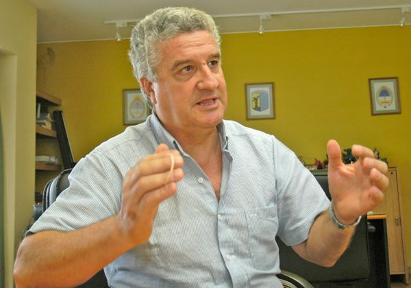 La concreción de obras de asfalto, uno de los objetivos de Baratti para el 2012
