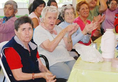 Los adultos mayores festejaron