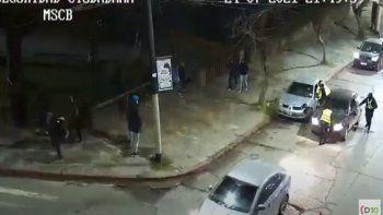 embistio a una policia para escapar de un control