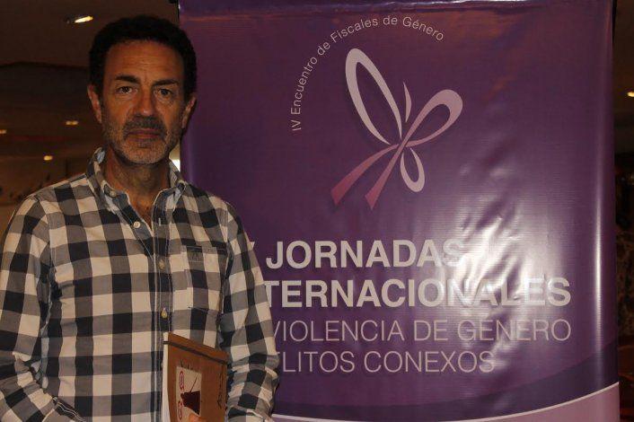 Mi marido me pega lo normal será el nombre de la conferencia que dará Miguel Lorente Acosta