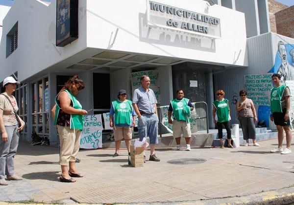Protesta de ATE en municipio de Allen
