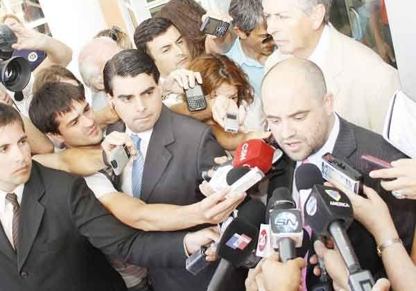 Habría dado negativo la prueba de dermotest en Carlos Soria