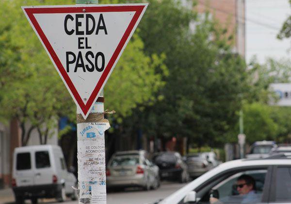 Desde Tránsito buscan educar a los automovilistas