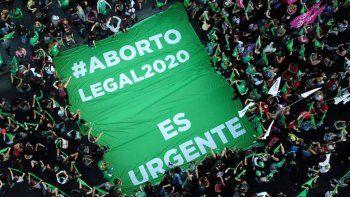 Ya comenzaron aplicarse abortos legales en el país