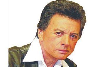 Palito Ortega está internado por un dolor en el pecho