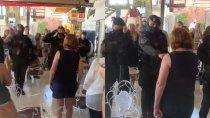 el polemico video del saludo de 6 policias a patricia bullrich