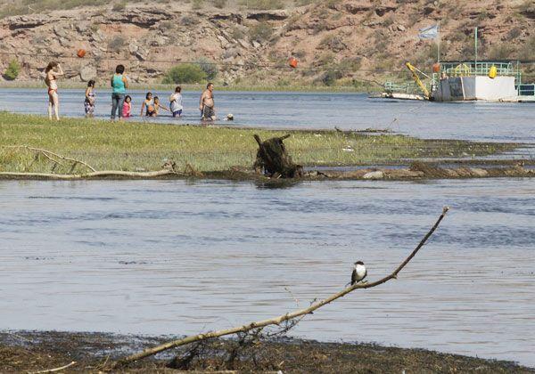 Miles de cipoleños eligieron la Isla Jordán el fin de semana para huir del calor