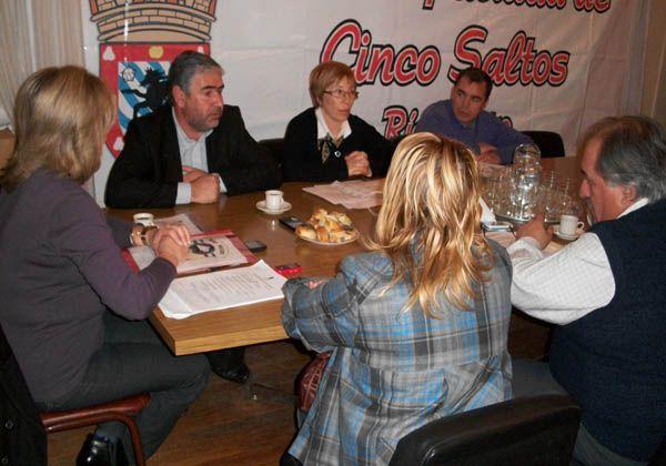 Gobierno e intendentes comprometen acciones para el Censo 2010