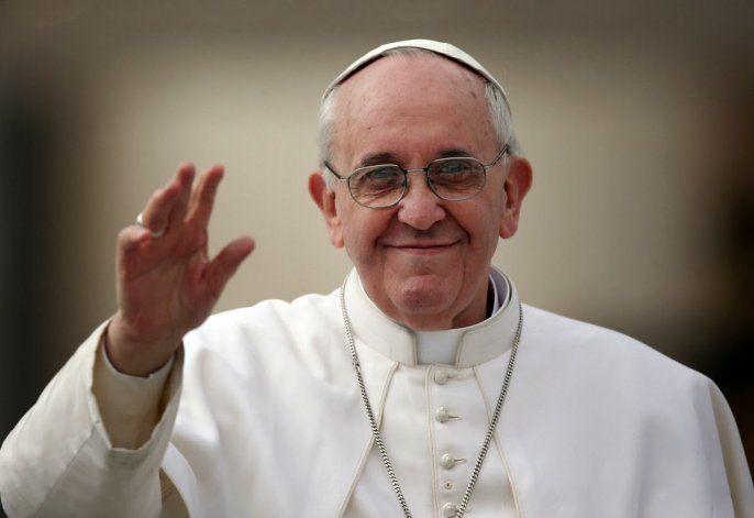 El papa Francisco recibió la vacuna de Pfizer contra el Covid-19