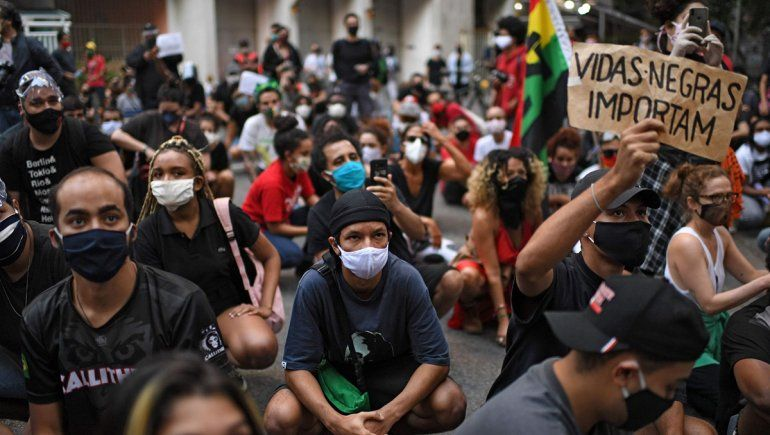 Bolsonaro ahora llamó terroristas a los opositores