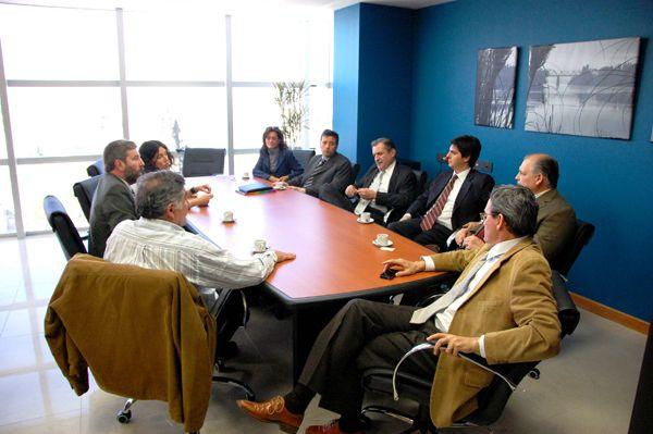 Mendioroz se reunió con miembros del Colegio de Funcionarios y Magistrados
