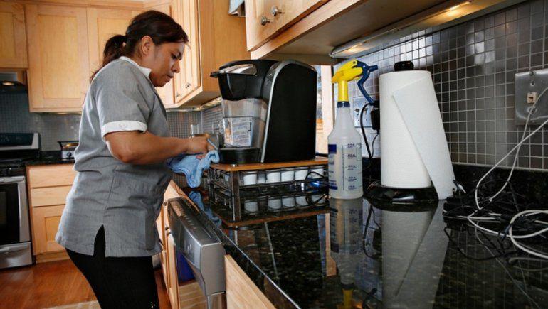Trabajadoras domésticas cobrarán sus sueldos completos