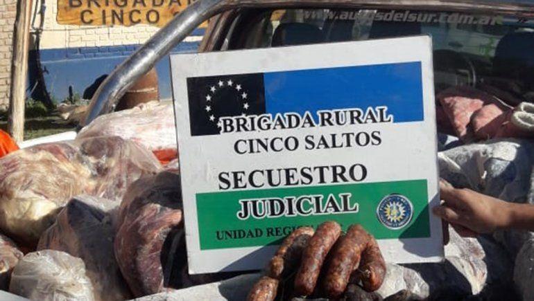 Decomisan 1300 kilos de carne en mal estado en Contralmirante Cordero