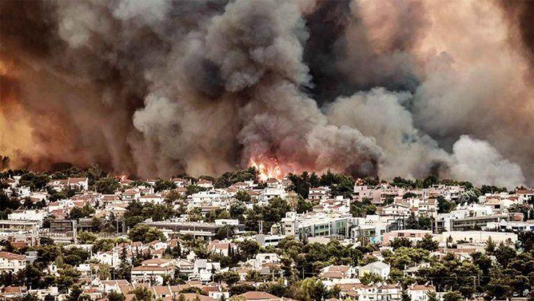 Las devastadoras imágenes que revelan el enorme daño de los incendios en Grecia