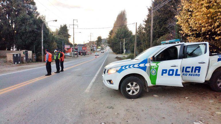 Borracho atropelló a dos policías al escapar de un control