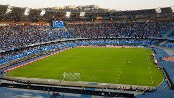 Oficial y emotivo: el San Paolo de Nápoles ya se llama Diego Armando Maradona