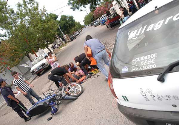 Mujer herida en violento choque en el San Pablo