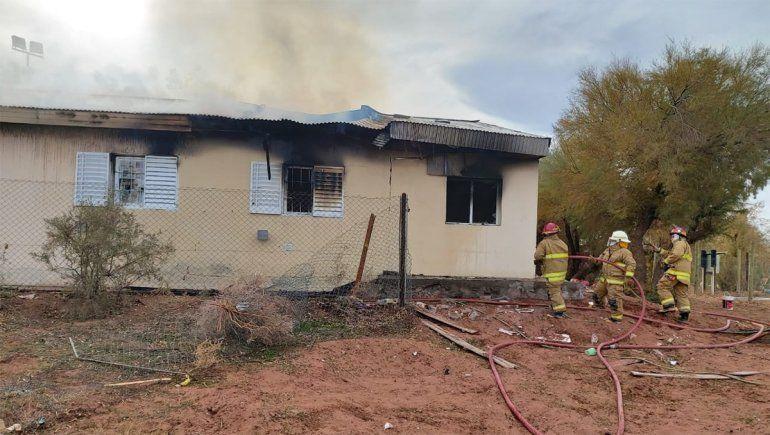 Aguada San Roque: dos muertos y un herido grave por una explosión en la escuela
