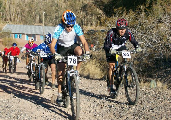 Vuelta de la Manzana, pero en bicicleta