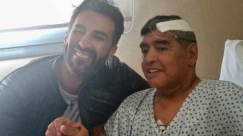 Leopoldo Luque acusó a Maradona por echar a los médicos que lo atendían