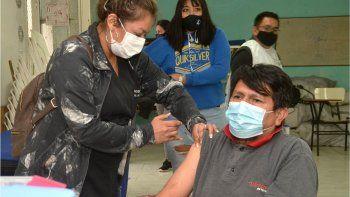 cipolletti: como sigue la vacunacion a demanda