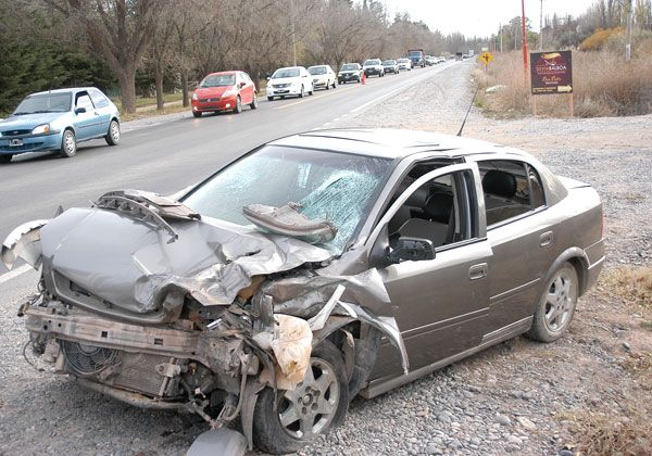Violento triple choque en la Ruta 151